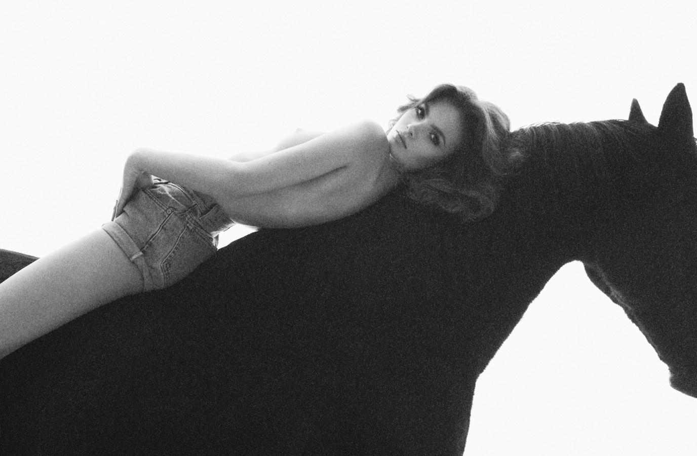 Twitter Nina Stavris nude photos 2019