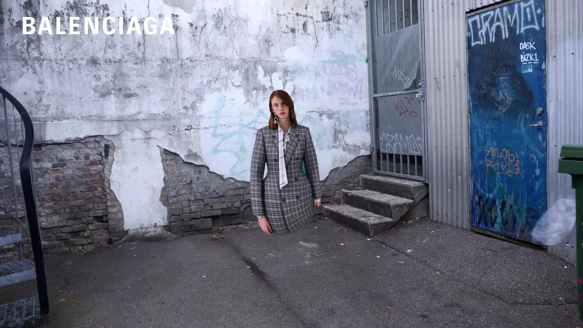 MANAGEMENT+ARTISTS - BEAUTY - INGE GROGNARD - Motion